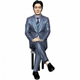 정장/의자앉아있는자세/남성/퇴직기념패